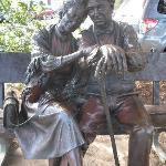 bronze lovers in park