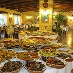la sala grande ed il buffet