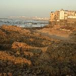 Essaouira al tramonto. Il mare dista a soli due minuti di passeggiata.