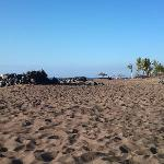 la spiaggia davanti il RIU