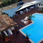 accès piscine à l'hotel attenant (même direction)