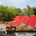 accès piscine de l'hotel attenant (même direction)