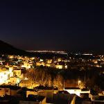 バルコニーからの夜景(バハリル村からフェズを望む)