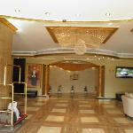 Foto de Waves International Hotel