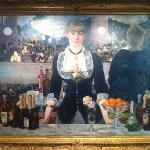 Manet, A bar at the Folies Bergere