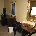 Freeport Comfort Suites King Room