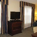 Manchester Homewood Queen Suite