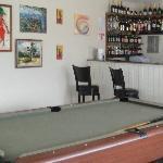 bar / pool table