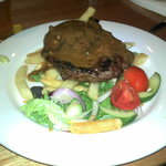 $10 steak at Ivanhoe Hotel