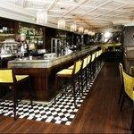 Owenee Bar