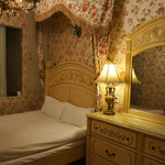 the honeymoon room