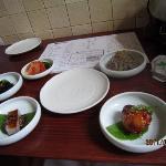 ビビンバ膳の一品料理