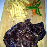 first served to be shared..800gms of steak