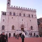 Piazza Grande - Palazzo dei Consoli