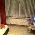 Einzelzimmer Fernseher