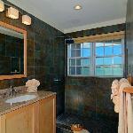 Premium Room Bath