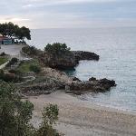 la vicina spiaggia