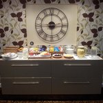 Breakfast Bar in dining room