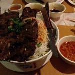 Minh's Vietnamese Restaurant의 사진