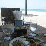 had lunch overlooking the beach... its awesome!