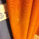 Manchas lejía en cortinas