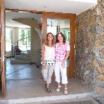 With Viviana, the owner, a new friend