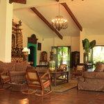 Lobby El Altar