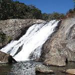 Cachoeira próxima à pousada.