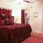 Back Porch Suite's King Bed