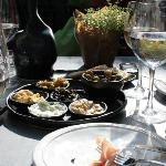 I can go their for tapas only! and Wine:D