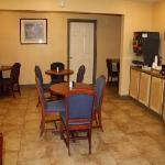 Photo de Knights Inn And Suites