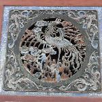 Wand Skulptur Phoenix mit funf Glucks fledermäuse