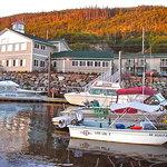 Edgewater Inn Restaurant & Marina