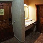 Room entrance / Bathroom