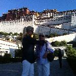 Fixing mothers hair in front of the Potala (as you do:)