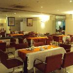 27-Corrientes-Hotel Guaraní: Restaurante/ desayunador