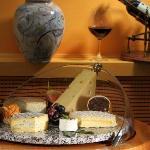 Schweizser Käse | Swiss cheese