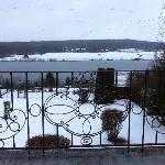 Vue de la chambre sur le lac