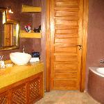 Et la salle de bains...