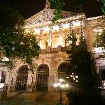 biblioteca naciona iluminada
