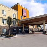 Welcome to Comfort Suites WEst energy Corridor