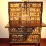 Vargano Cabinet/16th/17th Century