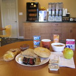 Free continental breakfast with organic choices