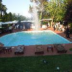 Zona piscina per gli aperitivi