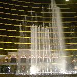 Performing Lake at the Wynn(4)