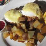 crab cake eggs benedict @ Cafe Shell