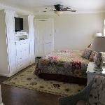 Beautiful, newly remodeled rooms