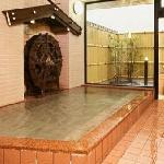ミネラル温浴 水車風呂