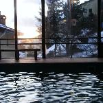 piscina vista neve