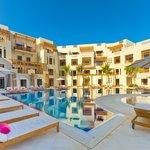 Sifawy hotel pool